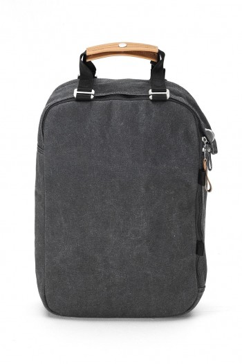 aw14_qwstion_wbl_daypack_front