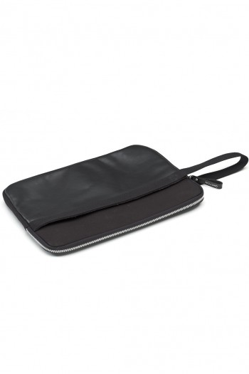 LAPTOPSLEEVE_13_BLACKLEATHER