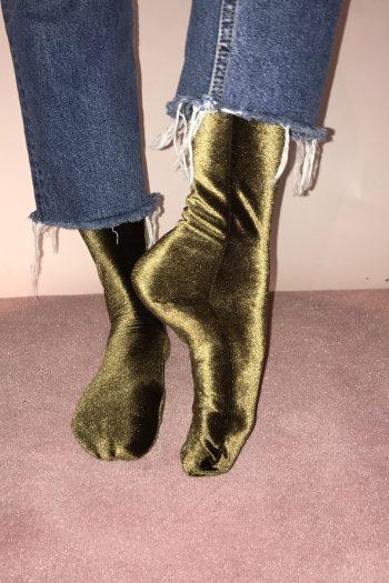 simone wild velvet socks olive green
