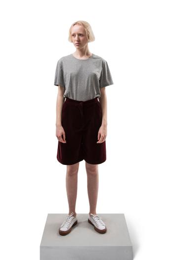 Han Kjobenhavn Velvet Shorts in burgundy