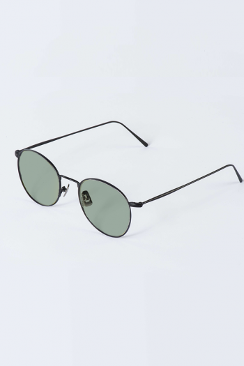 Waiting For The Sun Louie mat black with green flat lenses